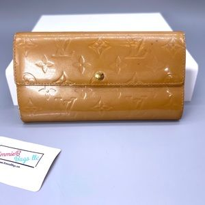 Louis Vuitton Sarah Vernis Wallet